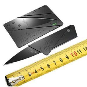 rozkladací nôž v kreditnej karte